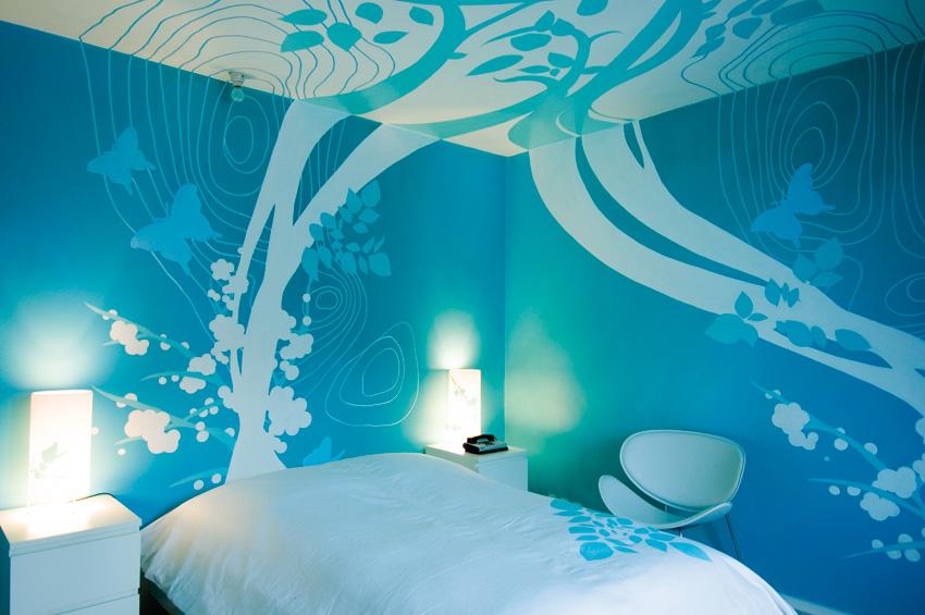 room 412 by Anke Vera Zinc