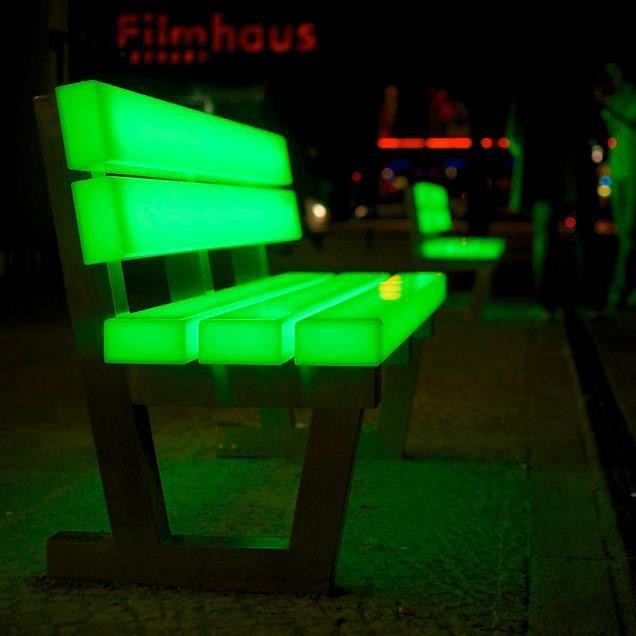 light_benches_potsdamer_platz