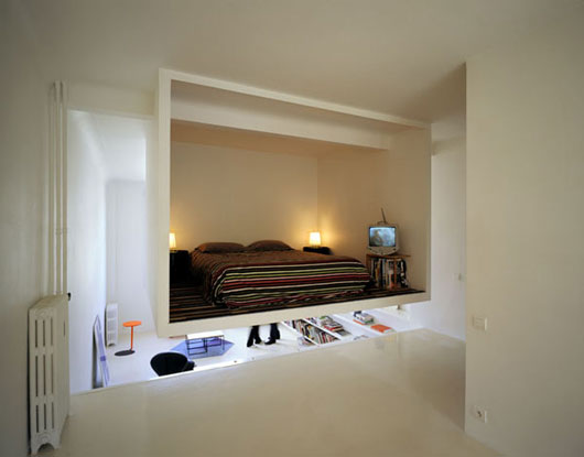 Bedroom-Design-for-Small-Space-with-Floating-in-The-Interior-view